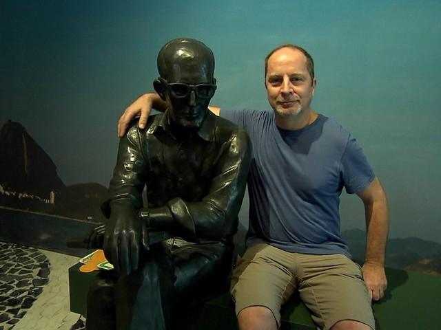 Drummond é o astro de evento literário na histórica Ouro Preto