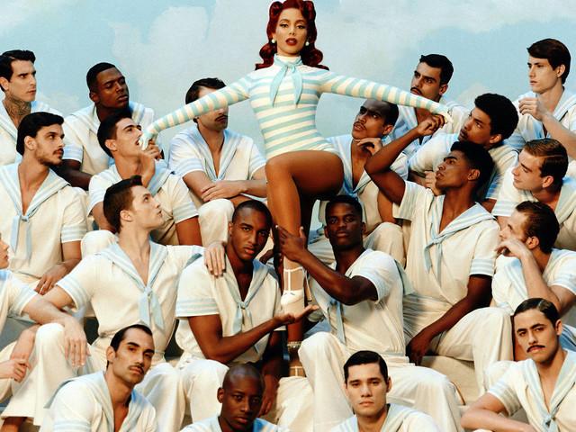 Anitta compara funk a bossa nova e diz que fama internacional reduz preconceito