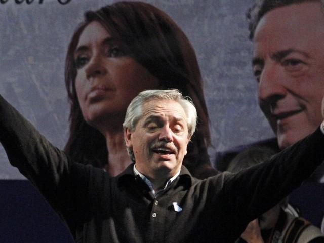 Alberto Fernández vence primárias com grande vantagem sobre Macri