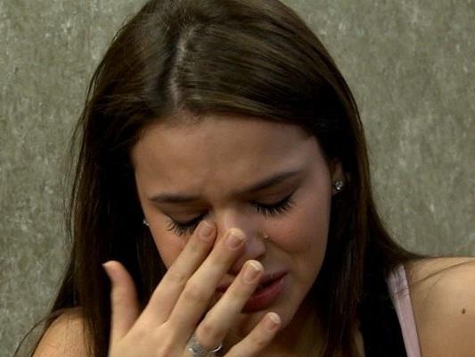 Bruna Marquezine se desespera com sumiço de amiga íntima e faz apelo em rede social