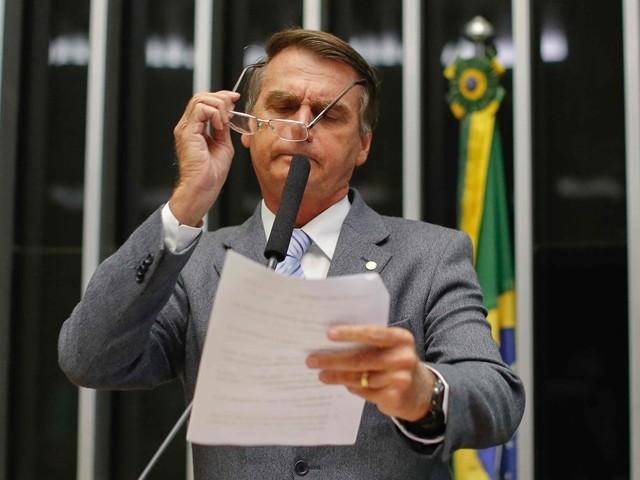 Bolsonaro diz que dará carta branca à PM para matar