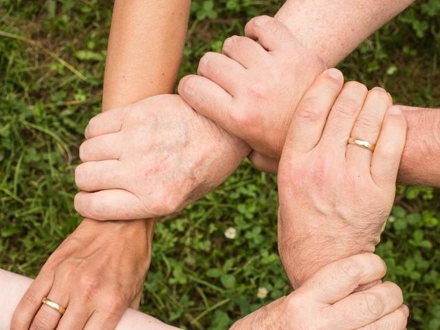 Cómo afrontar una ruptura matrimonial con el apoyo de amigos y familia