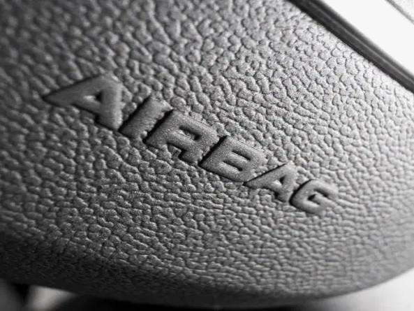 Defeito em airbag pode afetar 2,7 milhões de carros