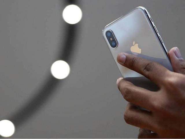 Apple promete ser mais transparente em relação à bateria do iPhone