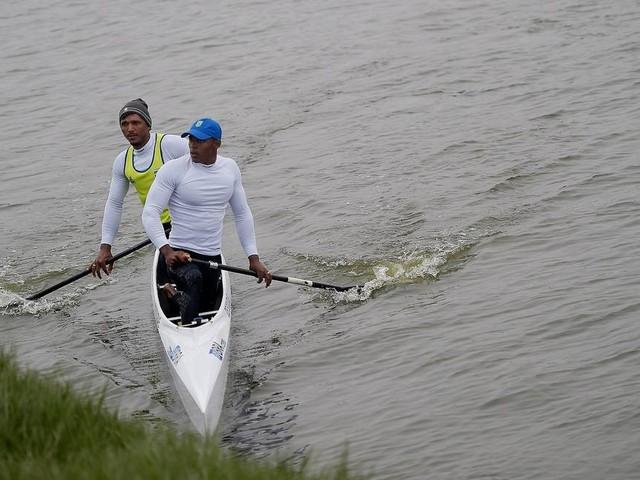 Isaquias Queiroz e Erlon de Souza avançam à final do Mundial de Canoagem