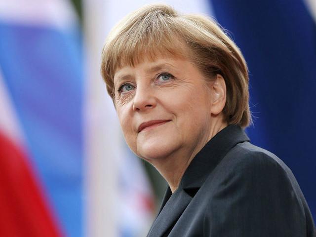 """Angela Merkel: """"Há momentos em que a desobediência é obrigatória"""""""