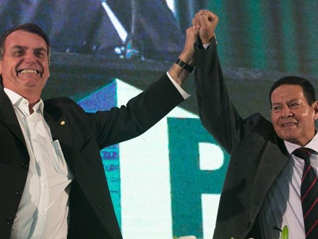"""Vice de Bolsonaro diz que pesquisa Ibope """"tem alguma distorção"""""""