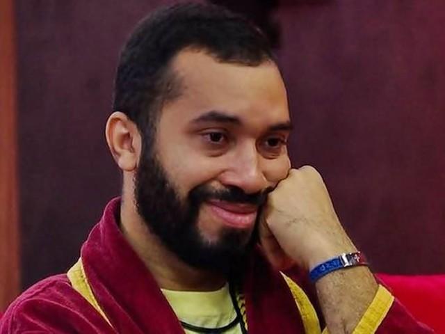 """BBB21: Gilberto revela nutrir sentimentos por Fiuk e diz a sister: """"Achei que fosse brincadeira"""""""