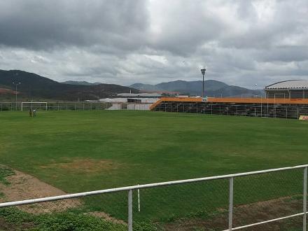 Belo Jardim completa 2 anos mandando jogos fora do Mendonção. Com volta na última rodada, local deve servir na Série D