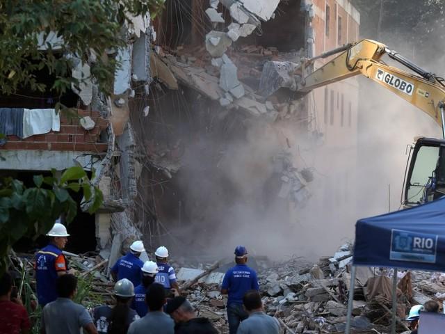 Polícia Civil faz operação na Muzema, onde dois prédios desabaram