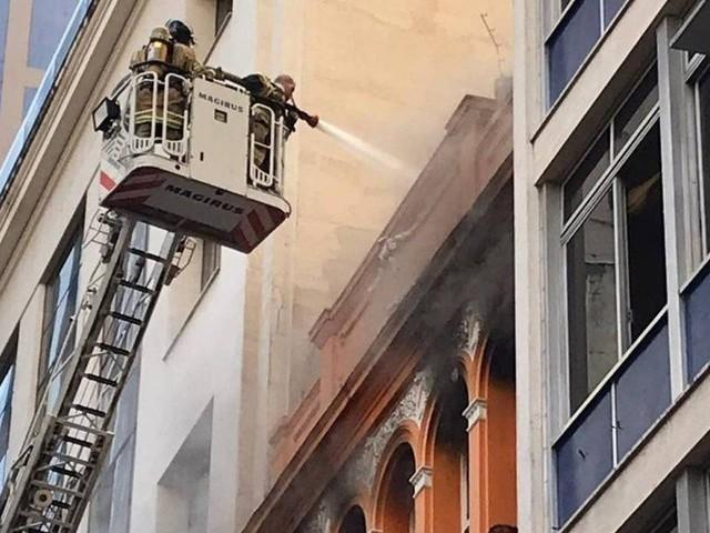 Witzel pede 'rigorosa apuração' da causa da morte de bombeiros e decreta luto de três dias