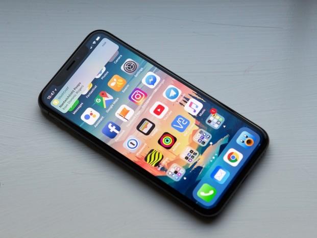 Foxconn é acusada de contratar ilegalmente estudantes para montar iPhone X