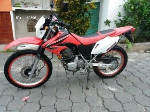 Vendo Moto Honda CRF 230