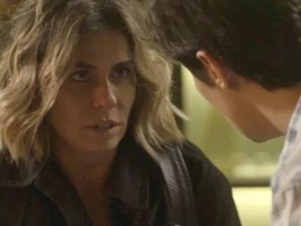 """Segundo Sol: Valentim descobre que é filho de Luzia e reage: """"Não te vejo como mãe"""""""