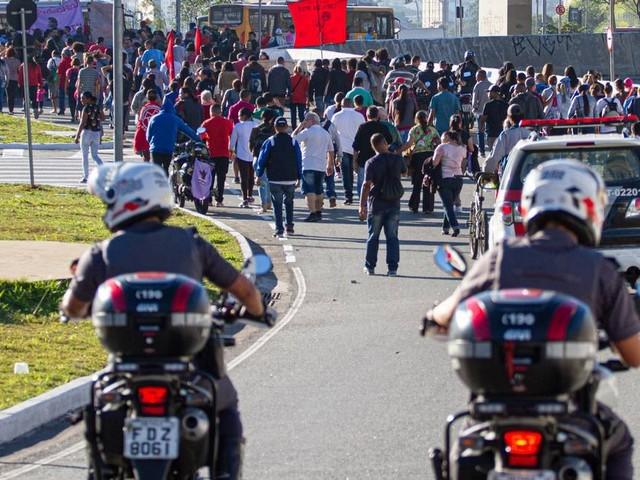 Vinte e três pessoas foram presas em São Paulo durante manifestações da greve geral