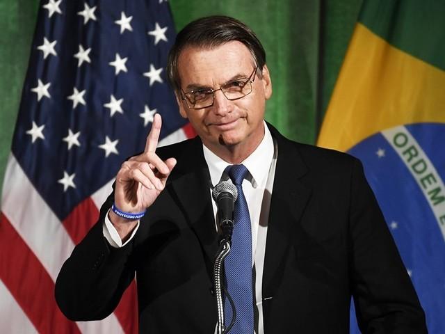 Bolsonaro diz que na Venezuela 'comem rato, cachorro e gato'