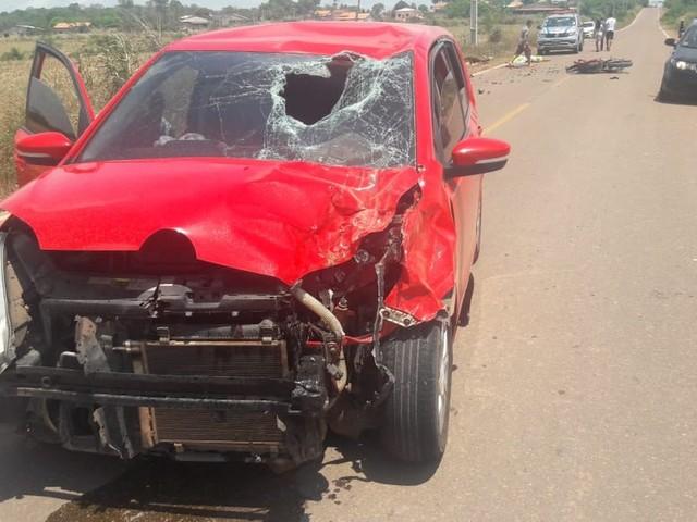 Jovem morre em acidente envolvendo carro e moto na PA-431, em Mojuí do Campos