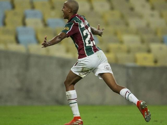 João Pedro já tem início no profissional do Fluminense melhor do que o de Pedro