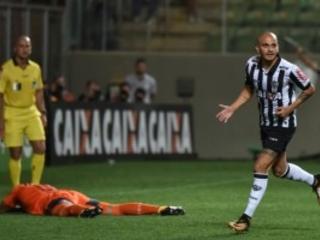 São Paulo acovardado, perde para o Atlético. Volta ameaça de rebaixamento. E há quem fale em Mano