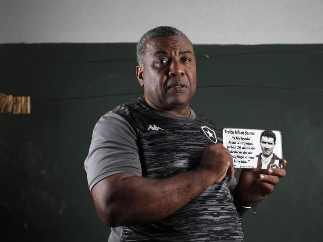 Segurança do Botafogo por 26 anos tenta não se abater com demissão e pede que clube não se esqueça de sua grandeza