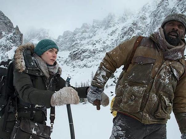"""""""Depois Daquela Montanha"""": dois atores e uma paisagem"""