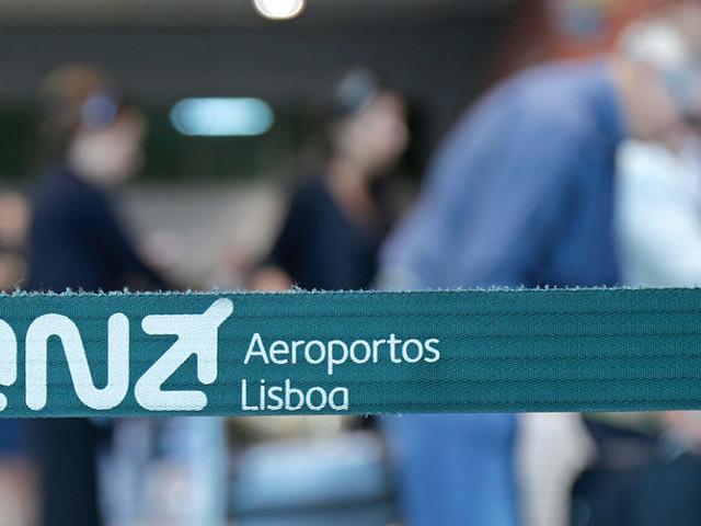 Organizações cívicas em protesto contra expansão do aeroporto de Lisboa