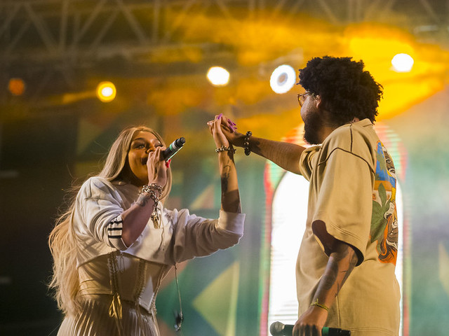 Festival supera chuva e faz pré-Carnaval com Emicida, Pabllo Vittar e Duda Beat em BH