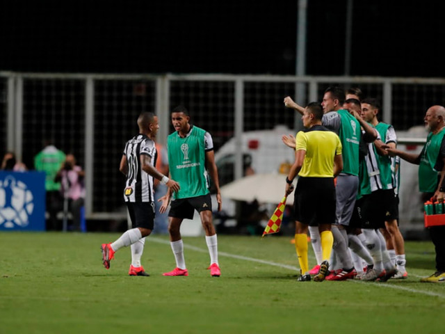 Assista aos gols de Atlético-MG 2 x 0 Unión Santa Fé