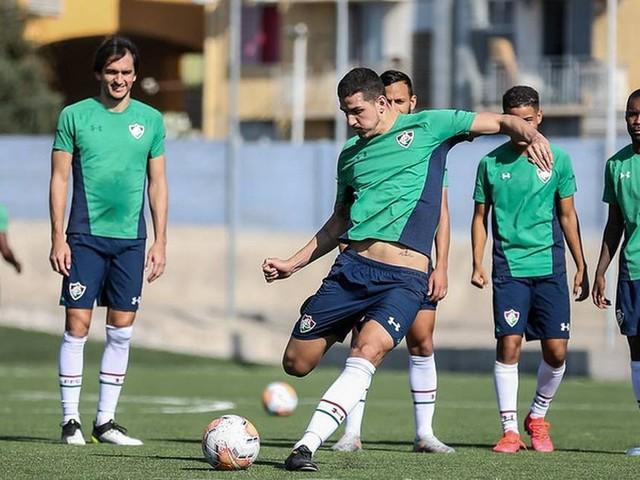 Na zaga do Fluminense, sombra de Nino e Matheus Ferraz cresce sobre dupla titular