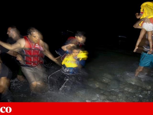 """Mais de cem menores naufragaram no Mediterrâneo. Foram salvos, mas é """"sinal de alarme"""""""