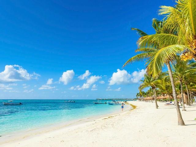 Cancún em classe executiva a partir de R$ 4.553 para voar até setembro