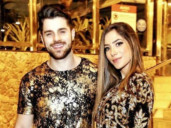 Alok confirma gravidez de quatro meses de sua esposa, Romana Novais e primeira foto acaba vazando