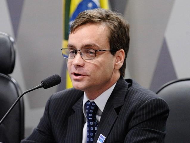 Temer nomeia ex-advogado de Cunha para Ministério dos Direitos Humanos
