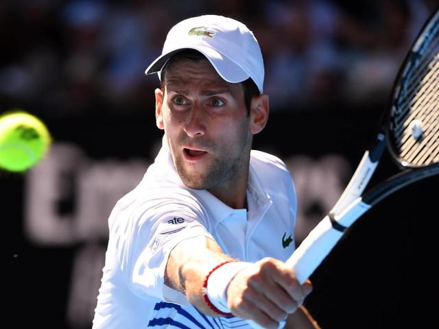 Djoko supera Shapovalov e pega Medvedev nas oitavas do Australian Open