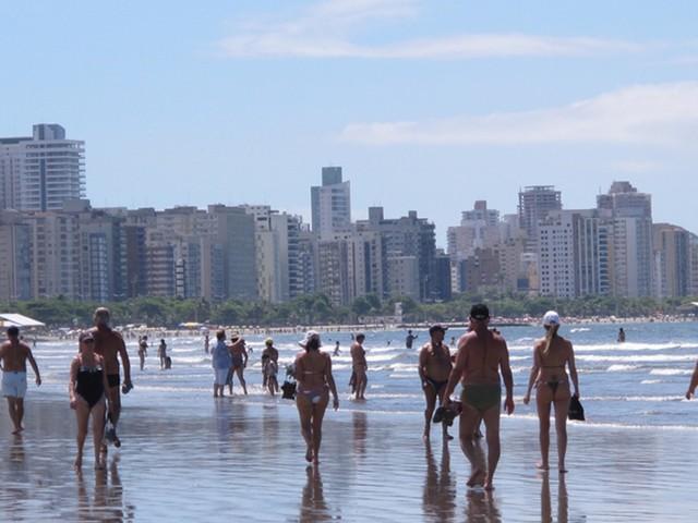 Santos deve receber 162 mil turistas no feriado de Páscoa