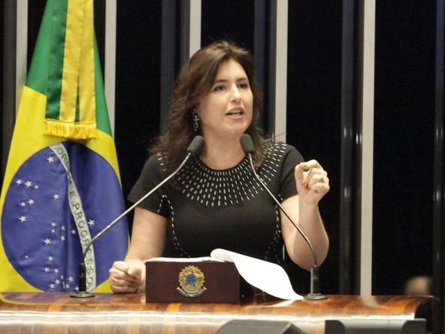 'Maior erro' de Bolsonaro, diz senadora sobre indicação de Eduardo