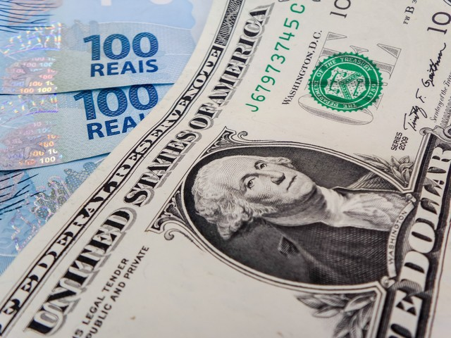 U.S. Dollar Closes at Highest Rate in Almost Two Years