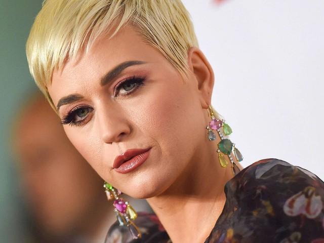 Katy Perry e gravadora devem pagar US$ 2,78 milhões por plágio em 'Dark Horse'