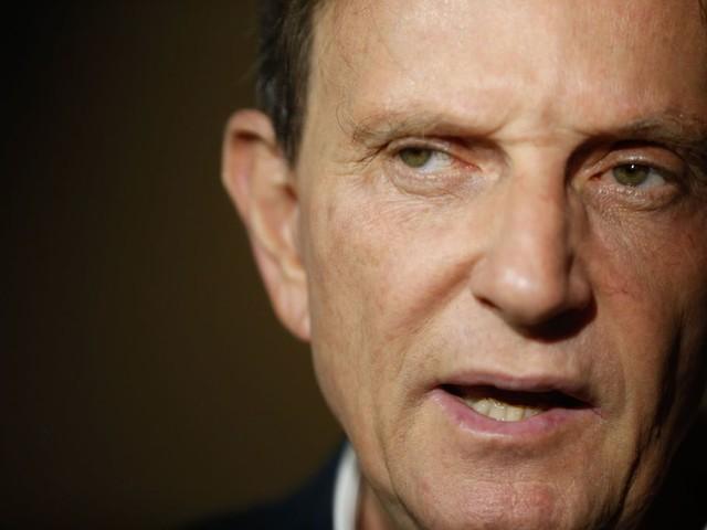 Justiça proíbe Crivella de usar a Prefeitura para interesses religiosos