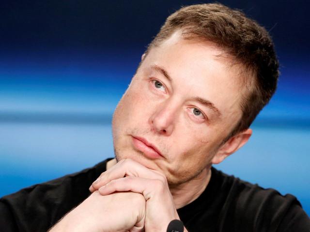 Ousadia, obsessão e conflitos marcam biografia de Elon Musk