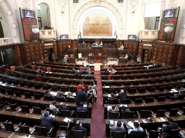 Alerj promulga lei que prevê cotas em escolas técnicas para dependentes de servidores da Faetec
