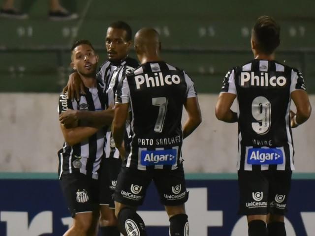 """Jean Mota pede calma com Jesualdo no Santos: """"Está tentando se adaptar"""""""