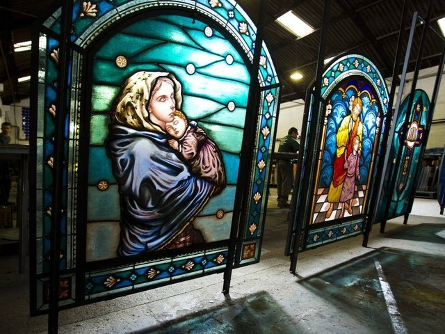 One of the World's Last Stained Glass Factories is in Rio de Janeiro