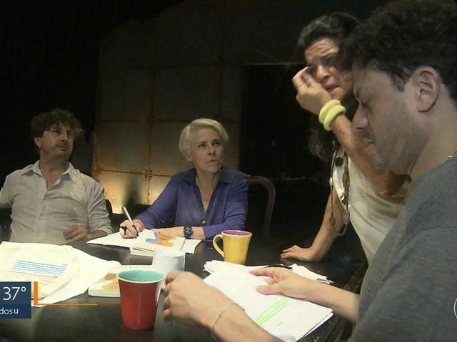 A peça 'Segredo de Justiça' está em cartaz no Teatro Sesc Ginástico