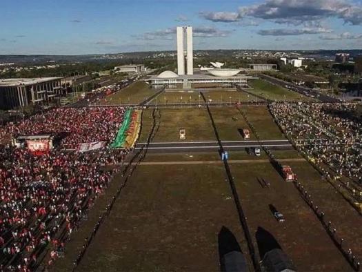 Documentário brasileiro Democracia em Vertigem é indicado ao Oscar; veja lista