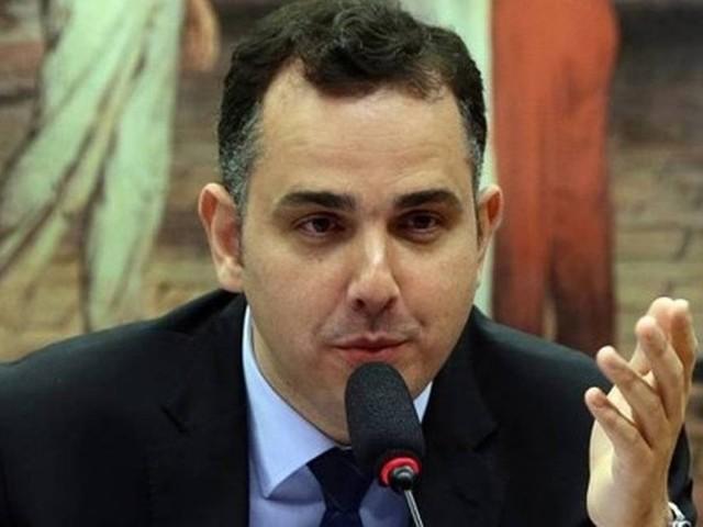 'Se o Ministério da Saúde não é negacionista, demonstre com suas ações', diz Pacheco