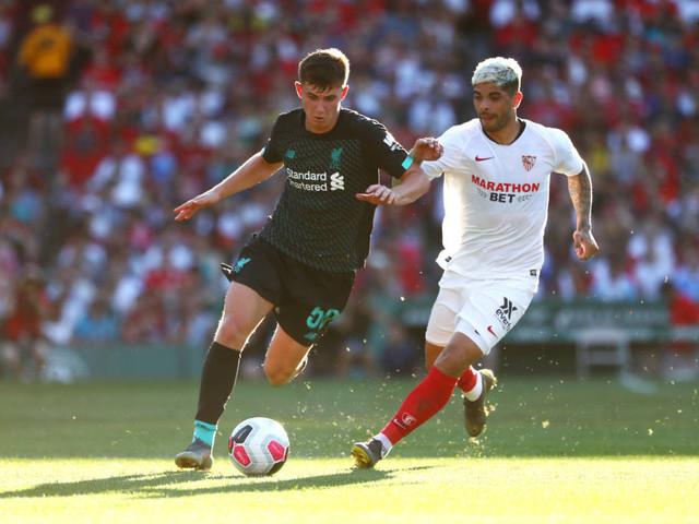 Com um a mais, Liverpool perde do Sevilla em amistoso nos EUA