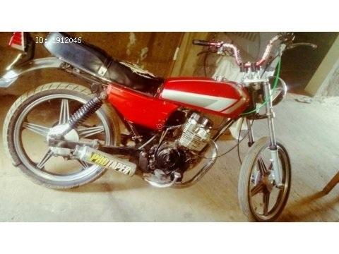 vendo moto wuyang