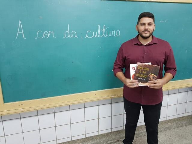Professor cria projeto de combate ao racismo em escola da Zona Norte de Natal