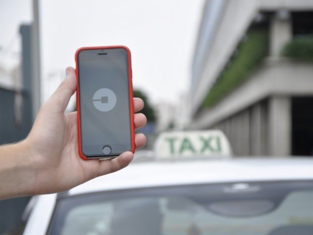 Projeto de lei quer Uber gratuito para idosos em cidade paulista